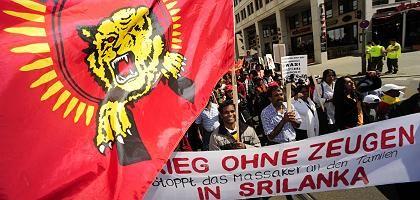 Tamilische Demonstranten in Berlin (am 24.4.2009): Bürgerkrieg seit mehr als 25 Jahren