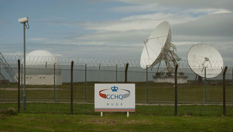 Satellitenschüsseln des britischen Geheimdienstes GCHQ in Dude: Vertrauen der Bürger in Staat und Demokratie verletzt