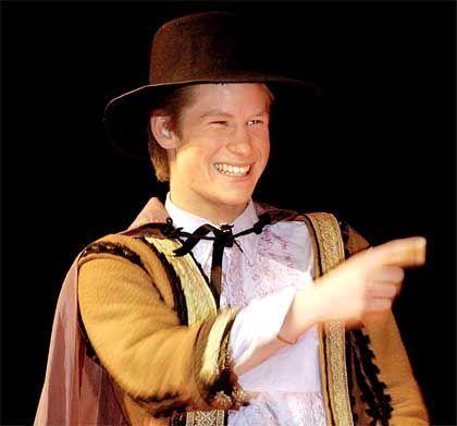 Theater: Prinz Harry bei einem Shakespeare-Stück in Eton