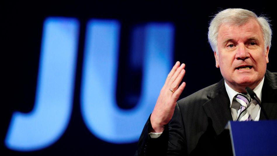 "Bayerns Ministerpräsident Seehofer: ""Deutsche Alltagskultur akzeptieren"""