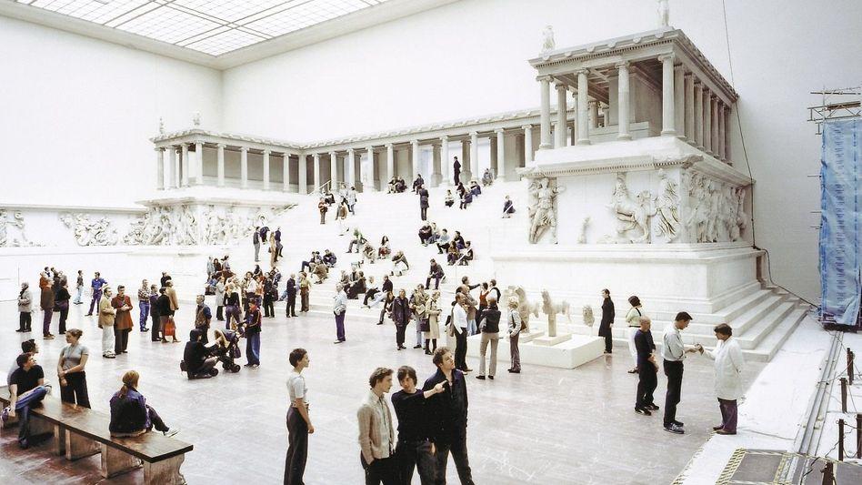 Altar im Pergamonmuseum 2001: »Komplett unrealistischer Kostenrahmen«