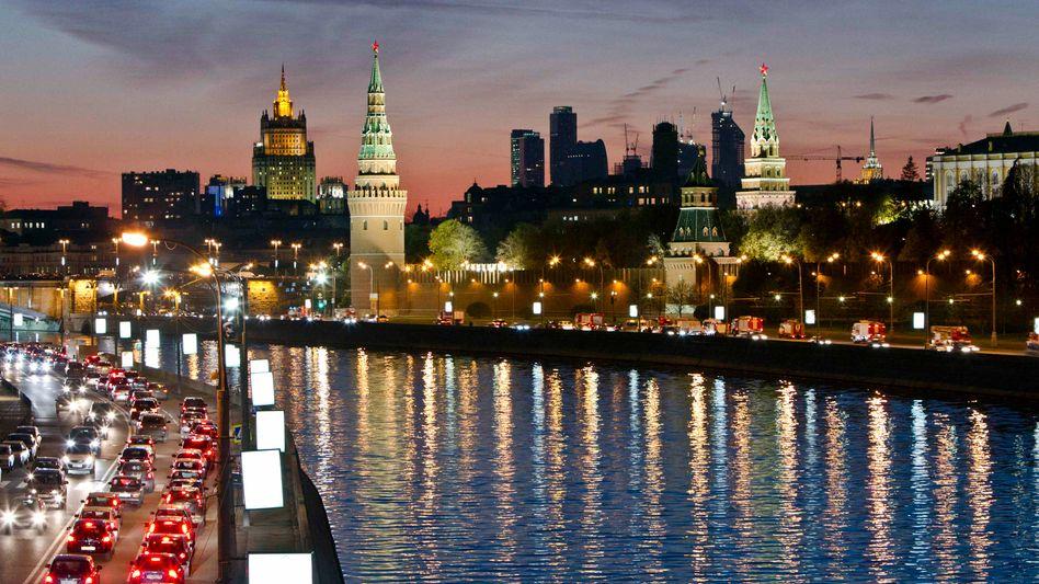 Kreml in der Abenddämmerung: Hackerangriff auf die Website