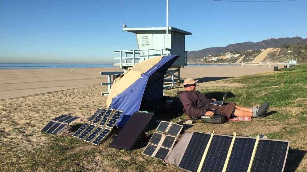 Obdachlos in L.A.: Ein Zelt voller Technik