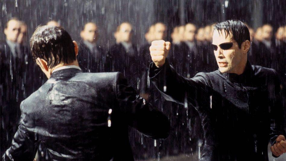 Szene aus »Matrix Revolution«: Wer ist im Besitz der roten Pille?