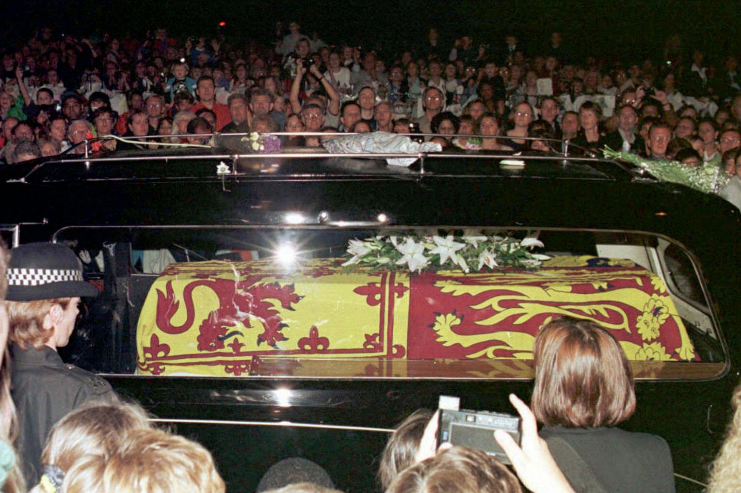 Schockierende beweise diana lebt lady Diana lebt