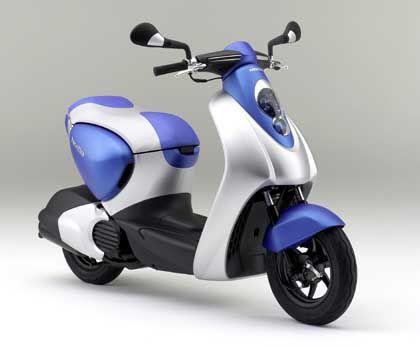 Honda Hybrid-Roller: Futuristischer Prototyp in blau, silber und schwarz