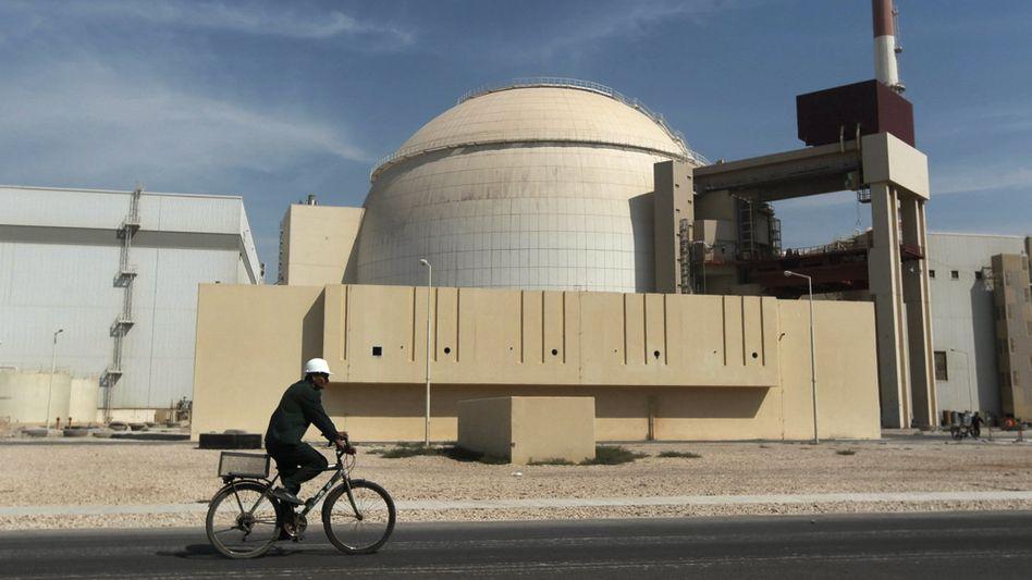 Ein Reaktorgebäude in der iranischen Stadt Bushehr (Archivbild)