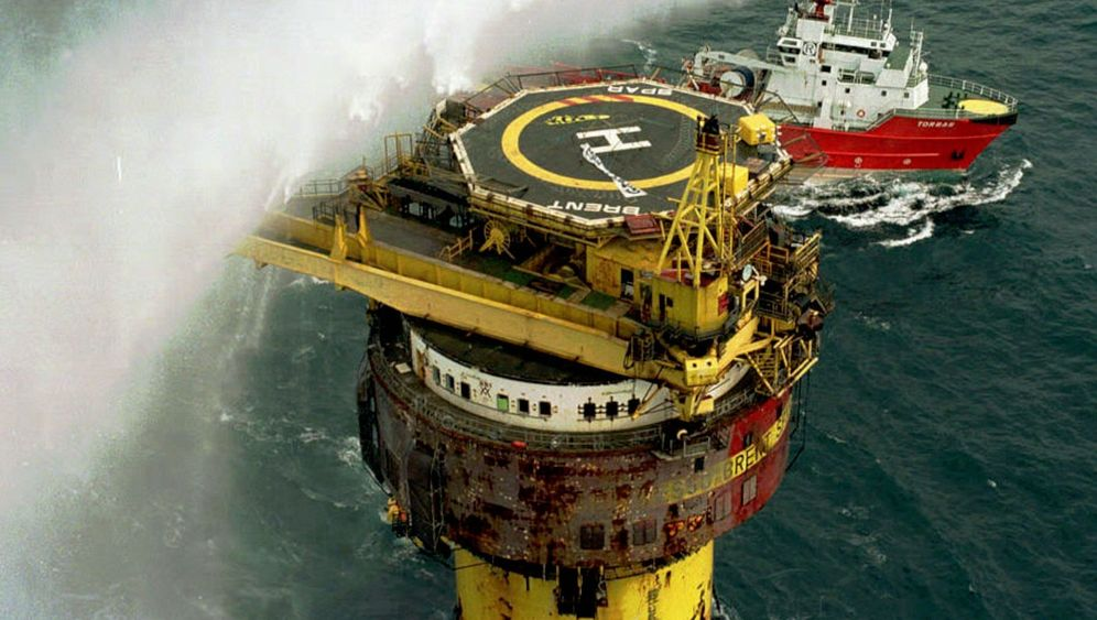Öko-Krieger gegen Weltkonzern: Seeschlacht um einen Stahlkoloss