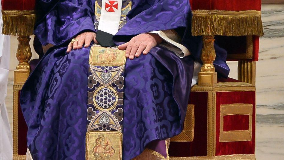 """Papst Benedikt: """"Wegen vorgerückten Alters nicht mehr für den Petrusdienst geeignet"""""""