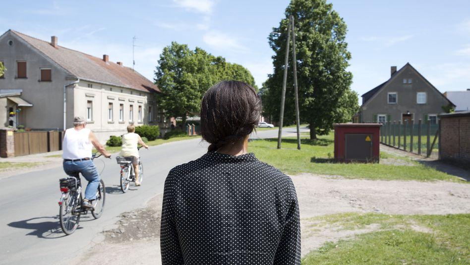 SPIEGEL-Redakteurin Neufeld in Brandenburg