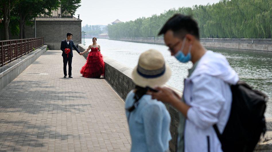 Hochzeitspaar Peking: Nur 296.000 chinesische Ehepaare trennten sich von Januar bis März 2021