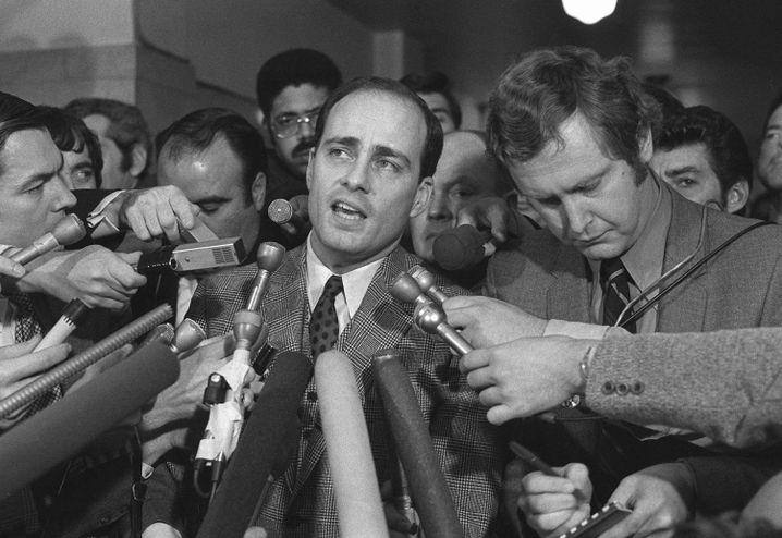 Vincent Bugliosi 1971 vor dem Gericht