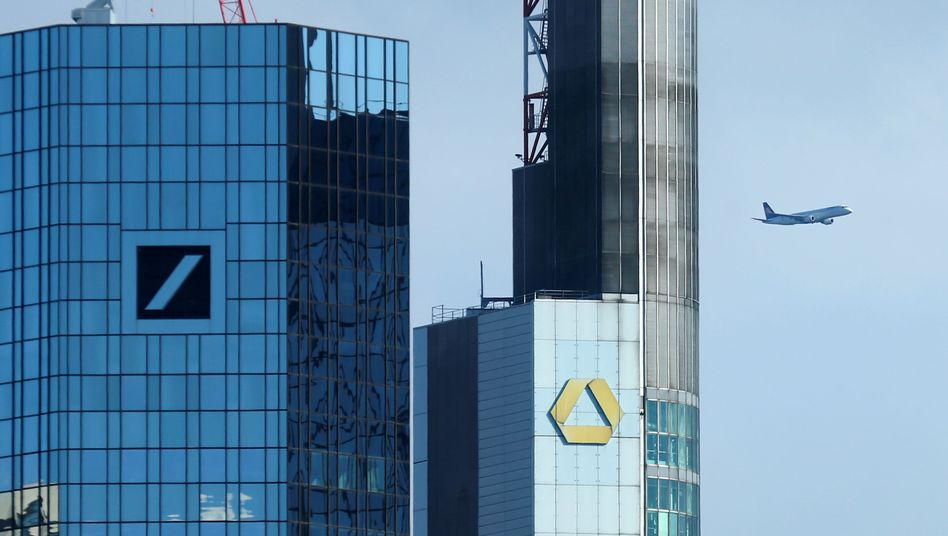 Zentralen von Deutscher Bank und Commerzbank in Frankfurt