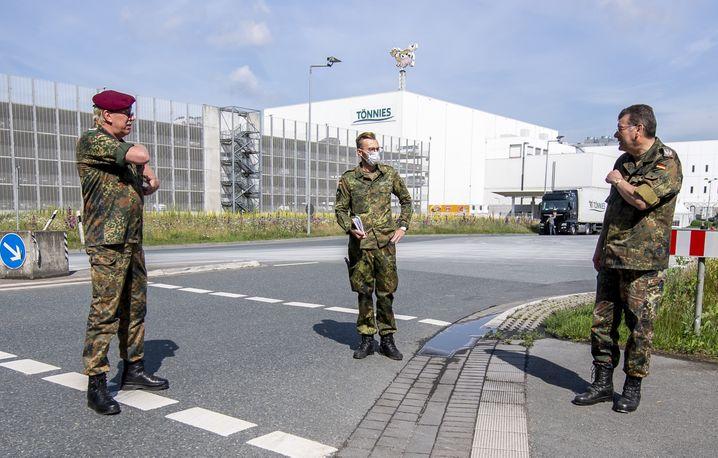 Bundeswehrsoldaten bei Tönnies in Rheda-Wiedenbrück