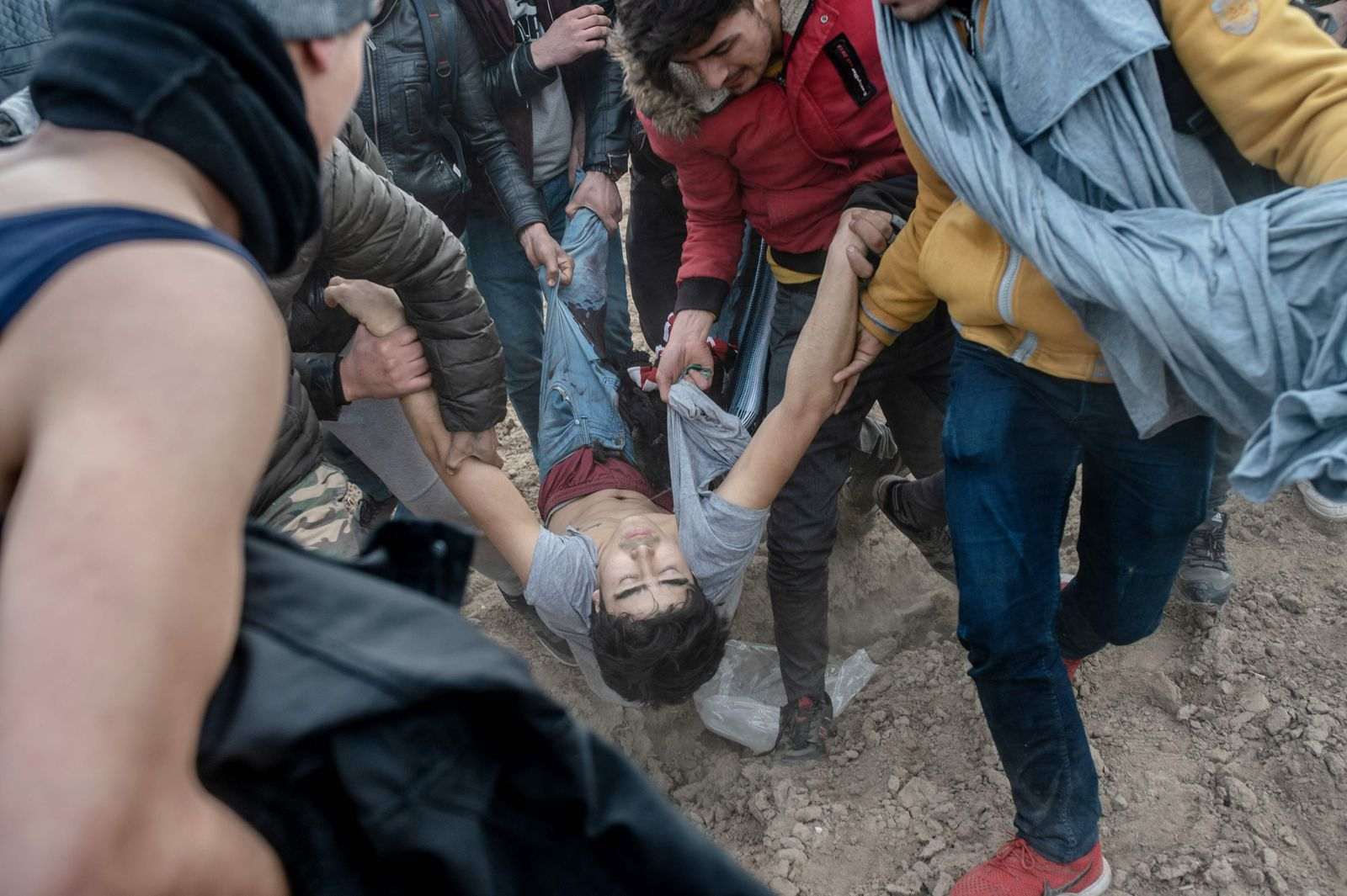 TOPSHOT-TURKEY-GREECE-EU-MIGRANTS-CONFLICT