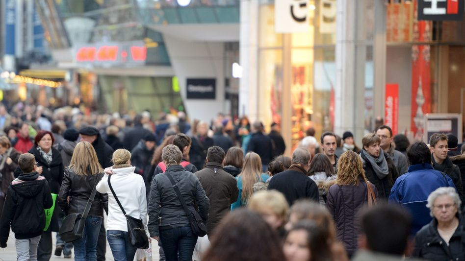Einkaufsstraße in Stuttgart: Verbraucherpreise kaum gestiegen