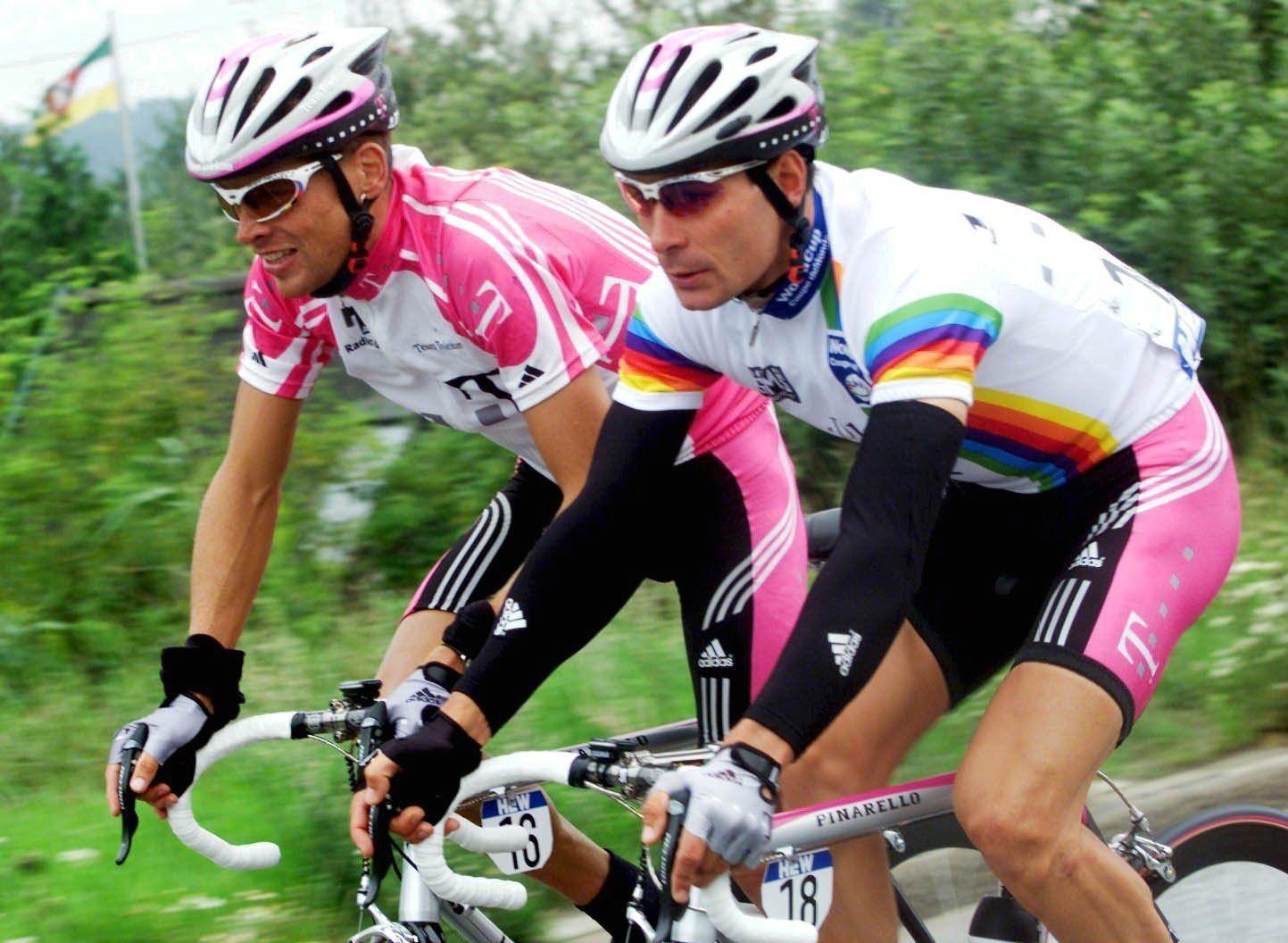 Erik Zabel/ Jan Ullrich/ Hew Cyclassic 2000