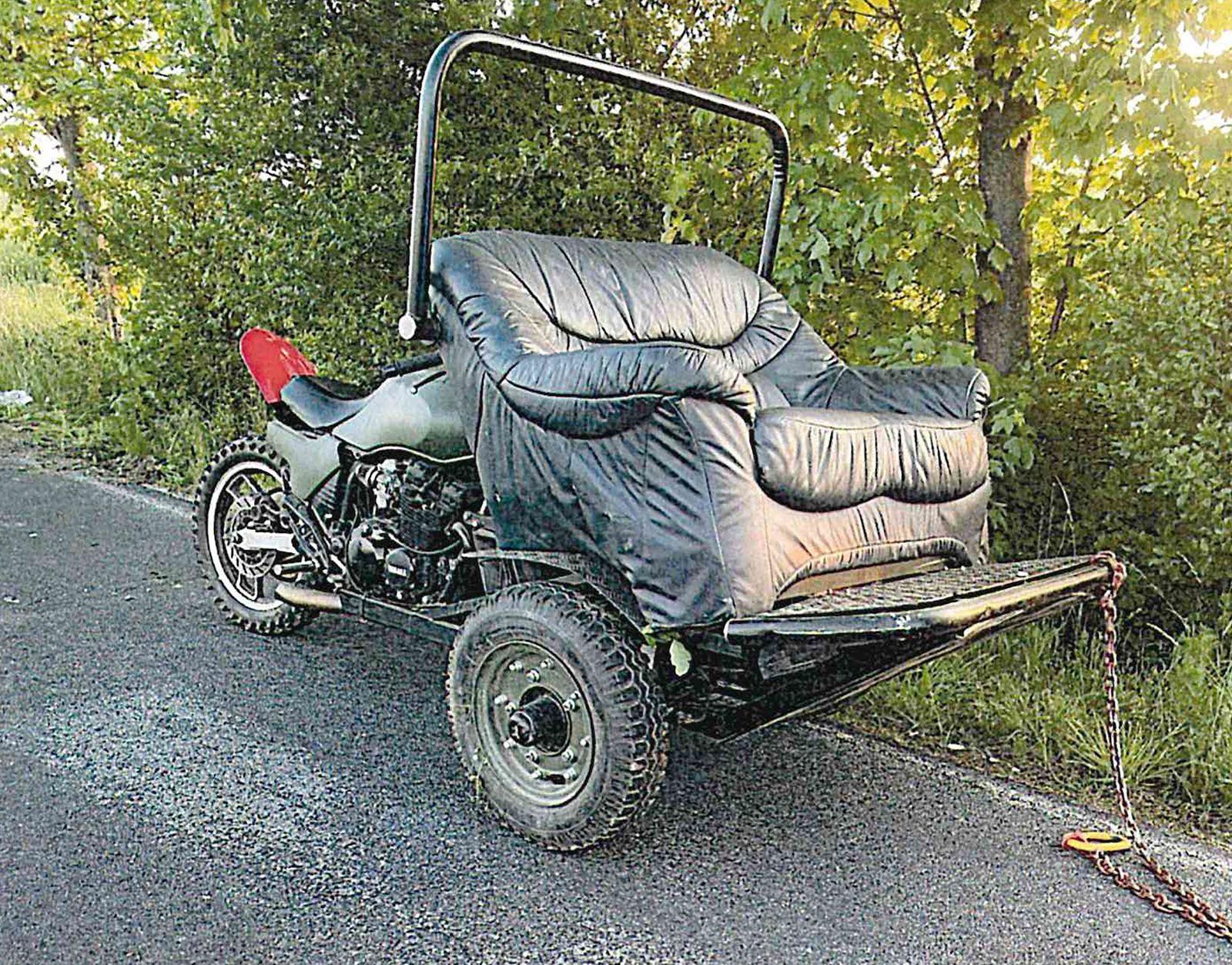 Unfall mit motorisiertem Sofa