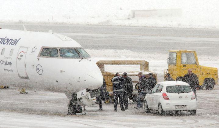 24. Januar: Perkovic besteigt in Zagreb das Flugzeug nach München