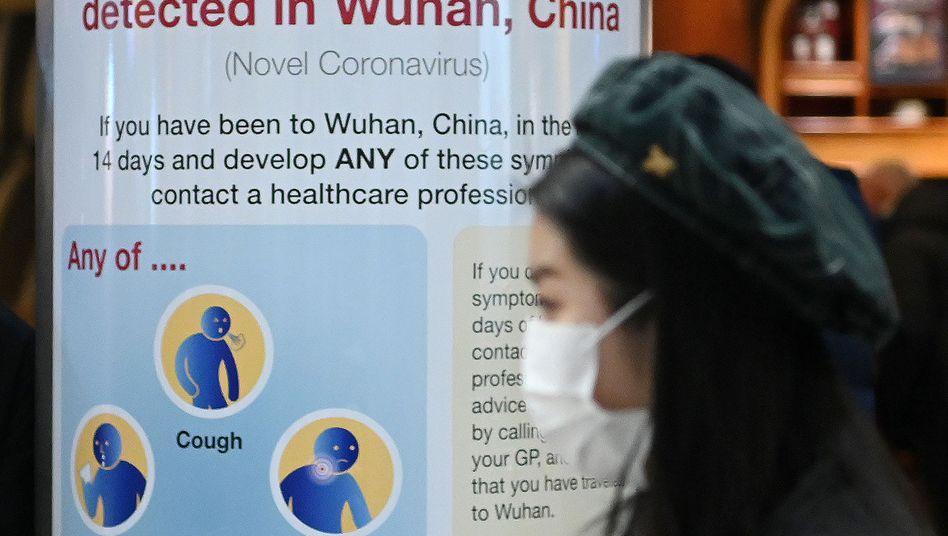Flughafen Heathrow in London: Die britischen Gesundheitsbehörden warnen vor dem neuen Coronavirus