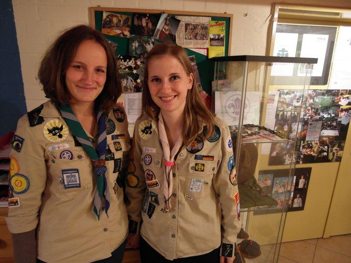 Sonja (l.) und Cornelia: Erwachsen, aber keine reinen Autoritätspersonen