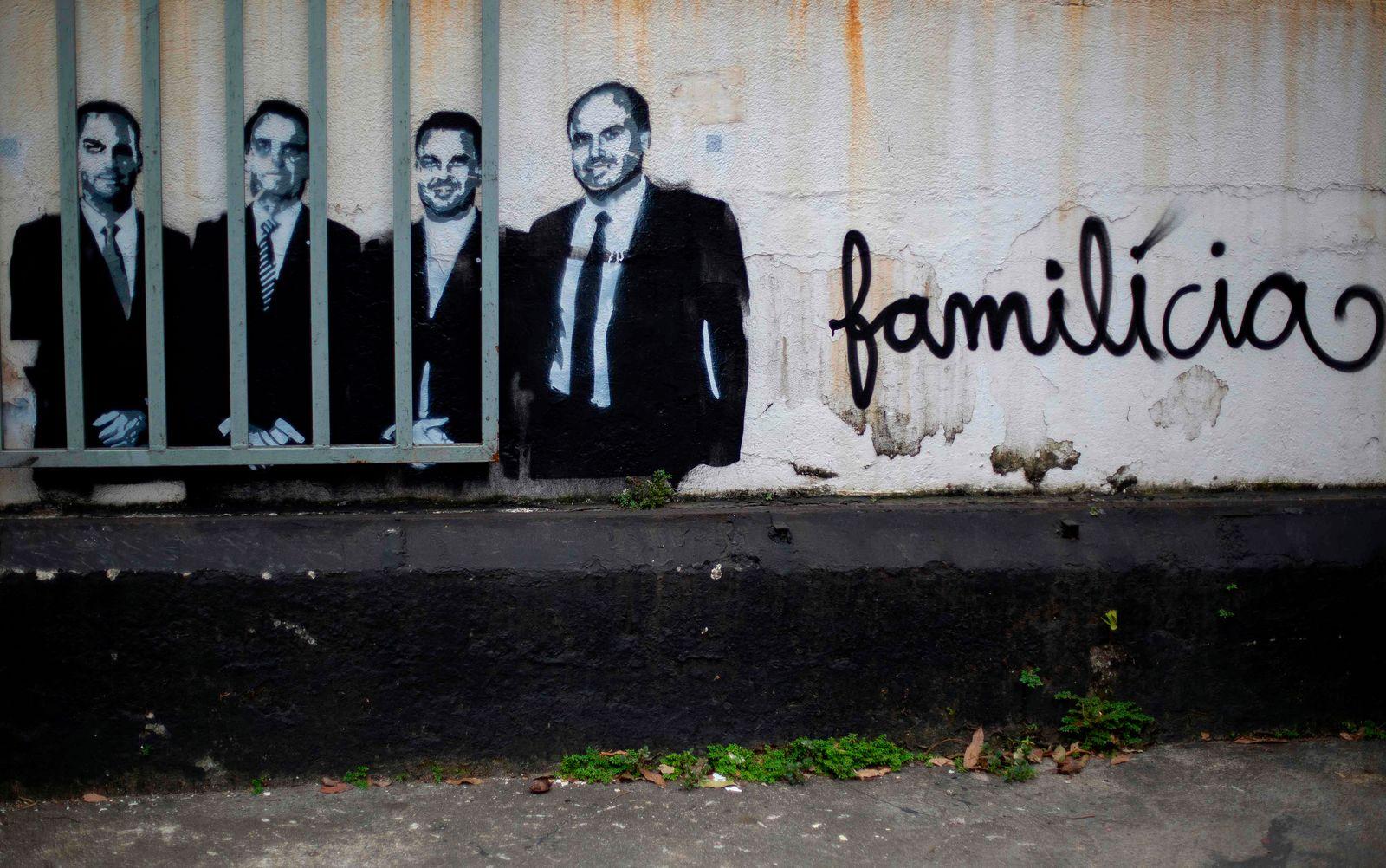 BRAZIL-HEALTH-VIRUS-POLITICS