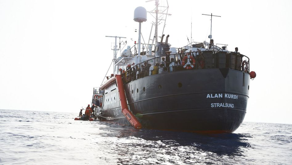 """Sea-Eye-Hilfsschiff """"Alan Kurdi"""" muss Richtung Malta abdrehen"""
