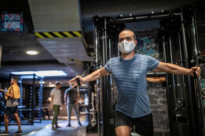 Fitnessstudio in Berlin: Erhöhter Aufwand durch Kontrollen
