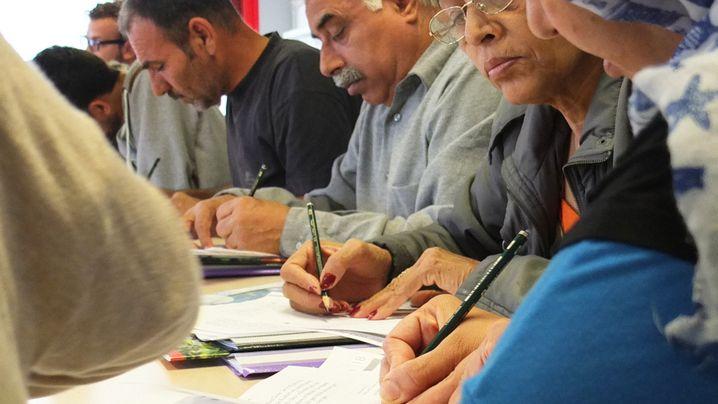 Flüchtlingsheim am Grenzweg: Schreiben für Anfänger