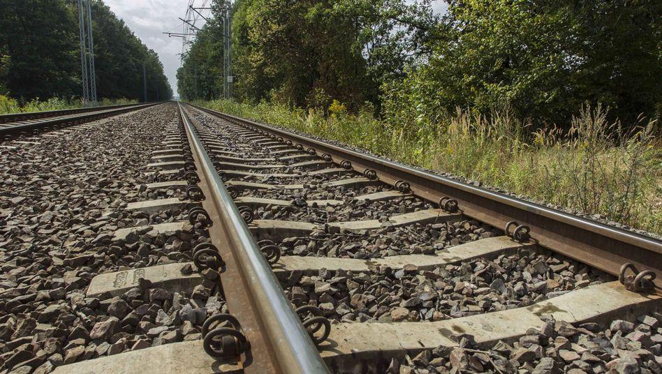 Schienen bei Walbrzych: Polen prüft Bericht über Nazi-Zug unter der Erde