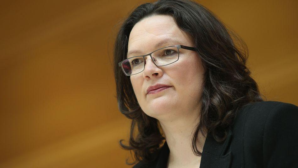 Arbeitsministerin Nahles: Vorschläge zur Kurzarbeit für Leiharbeiter