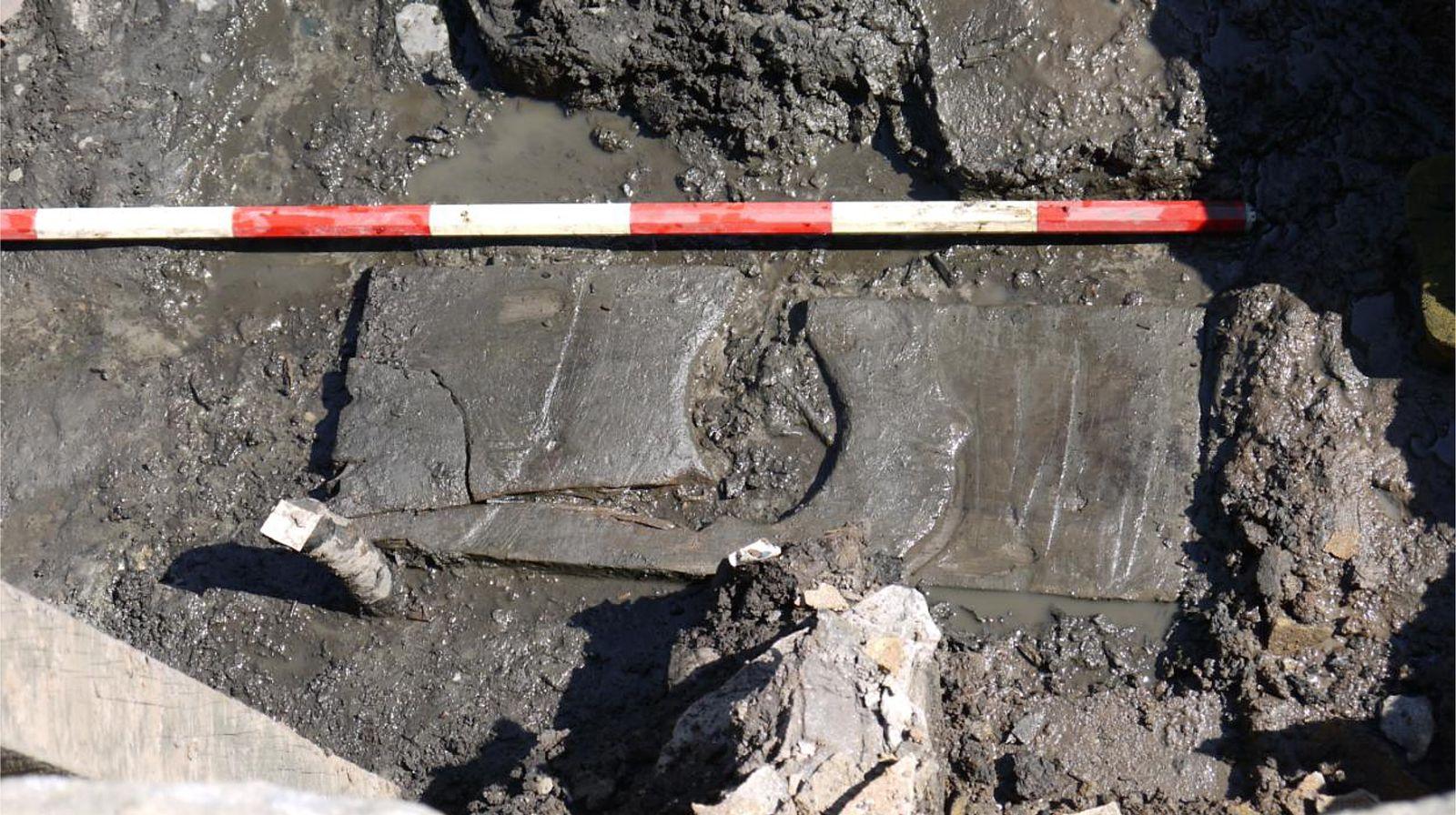 EINMALIGE VERWENDUNG Ausgegraben/ So gingen die Römer aufs Klo