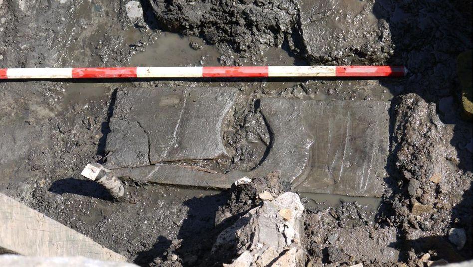 Hauptsache Komfort: Archäologen entdeckten ersten hölzernen Klorahmen