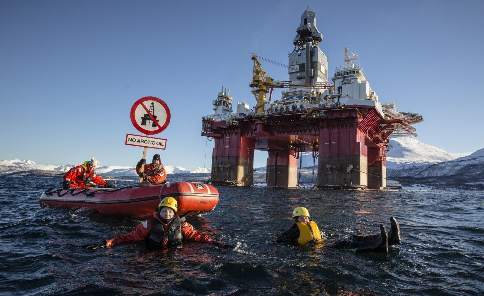 Greenpeace/ gegen Bohrungen in der Arktis