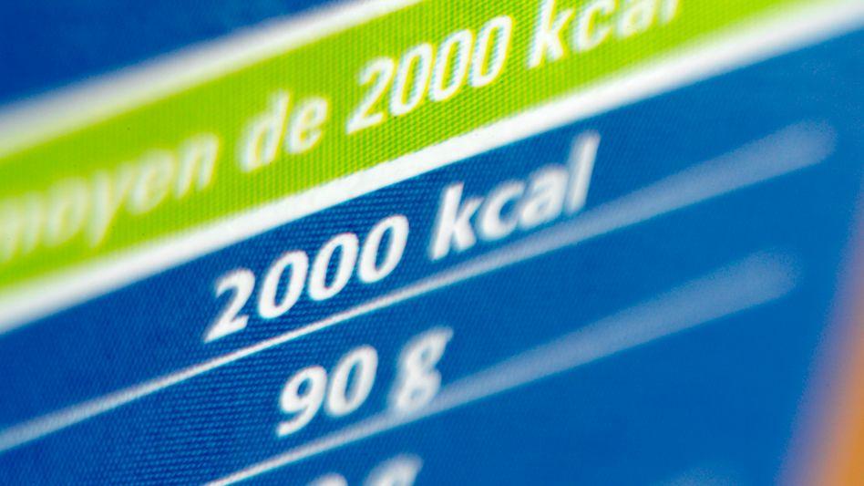 Kalorientabellen: Beim Abnehmen kommt es auf die tägliche Energiezufuhr an