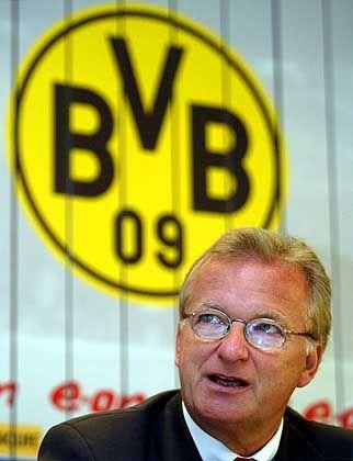 """BVB-Boss Niebaum: """"Unter Zeitdruck unterschrieben"""""""