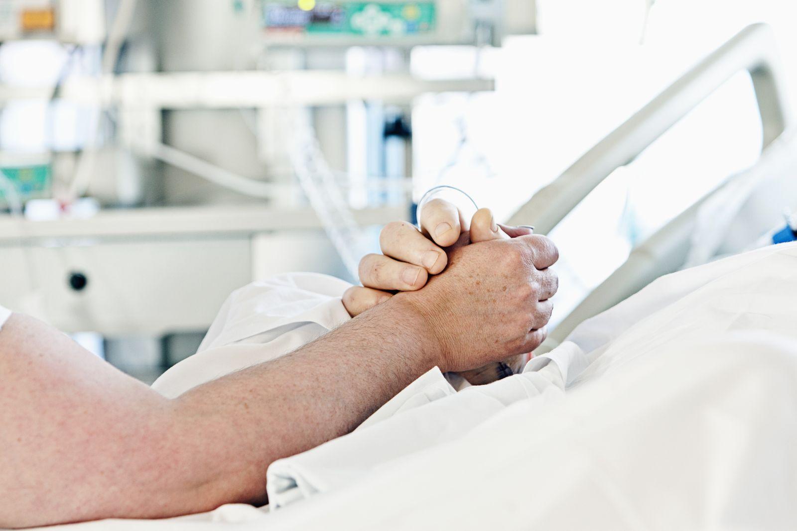 NICHT MEHR VERWENDEN! - Sterbebett/ Krankenbett