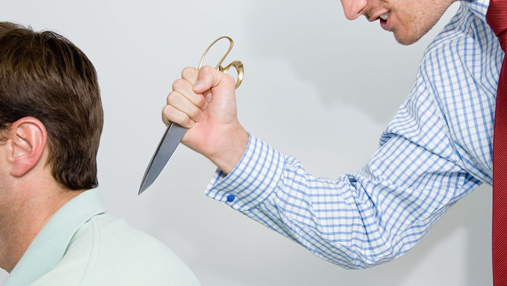 Analyse von Mobbingfällen: Experten zeigen Fehler auf