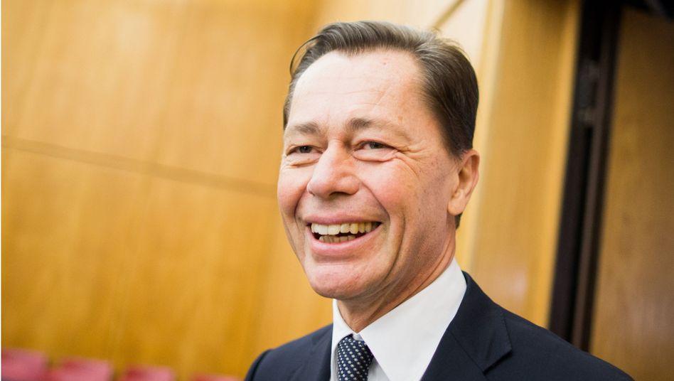 Thomas Middelhoff (im November in Essen): Unter Auflagen aus der U-Haft