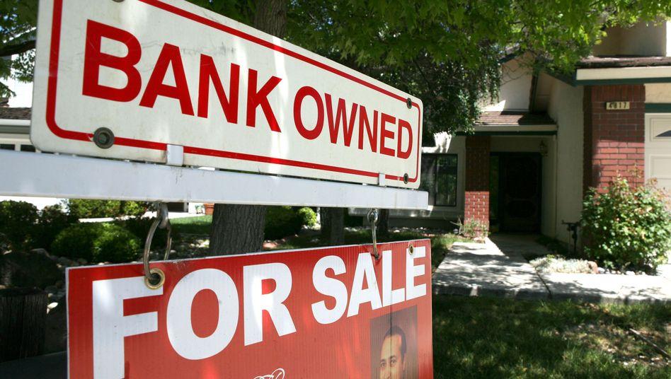 Zwangsversteigerung in den USA (Bild von 2009): Menschen mit schlechtem Zahlenverständnis geraten eher in die Schuldenfalle