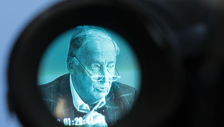 Alexander Gauland im Visier einer TV-Kamera