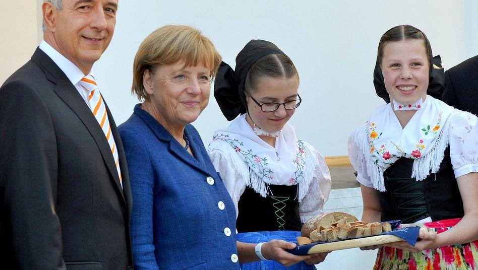 Merkel, Tillich (im Wahlkampf in Bautzen): Das Erbe der FDP