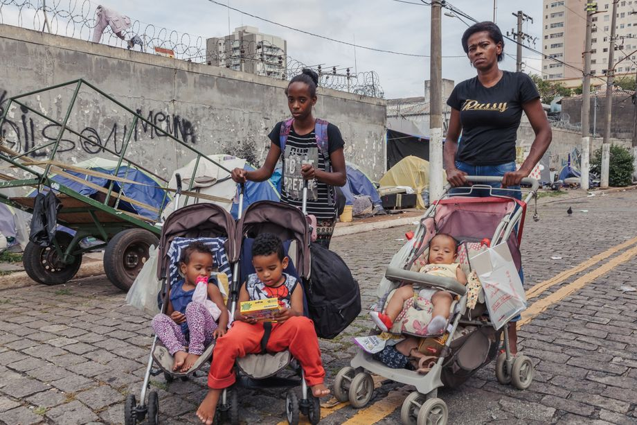Single mothers Caroline Francisco and Luciana Batista are both homeless.