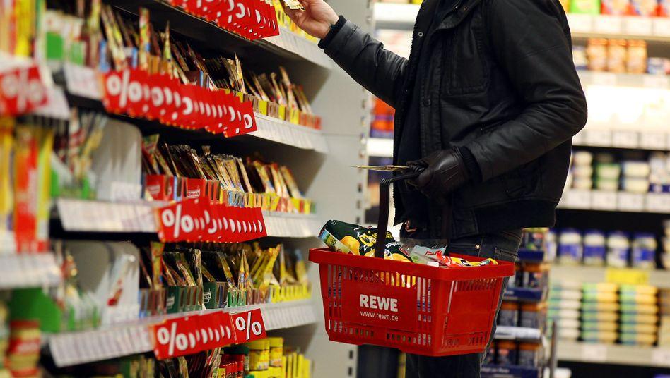 Supermarkt in Köln: Ökonomen hatten mit Wachstum gerechnet