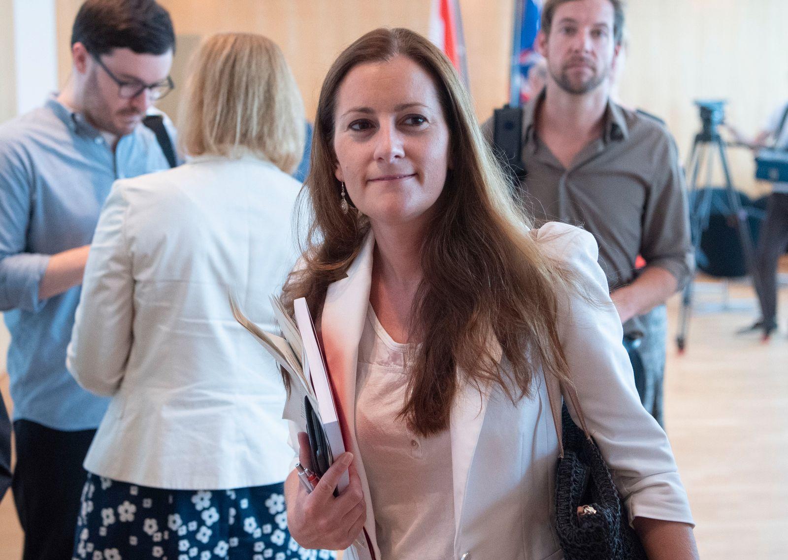 Sondersitzung Innenausschuss zu Mordfall Lübcke in Hessen