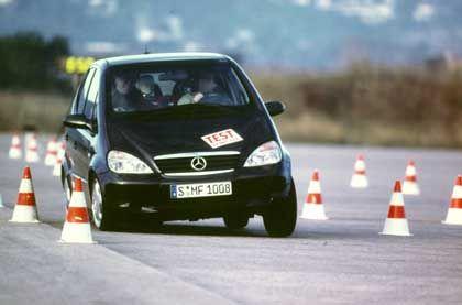 Elch-Test: ESP und ABS halten die modernen Autos in der Spur