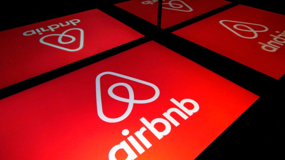 Das Logo des Apartmentvermittlers Airbnb