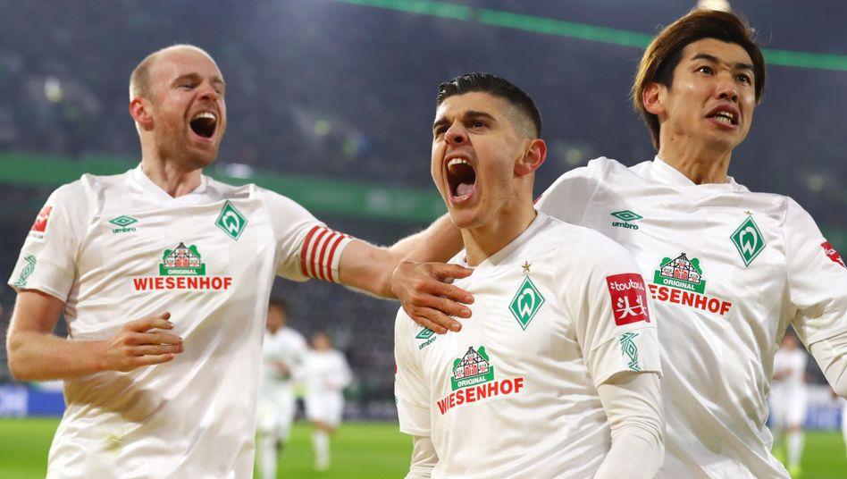 Milot Rashica (M.) traf zweimal für Bremen