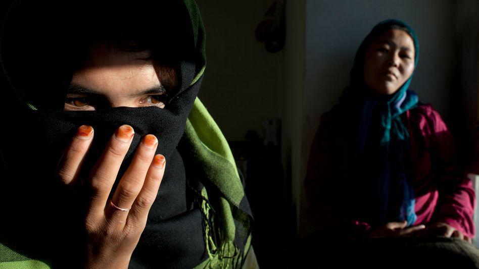Afghanin, die als Kind verheiratet wurde