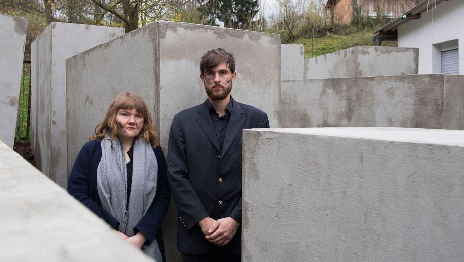 Mitglieder des Künstlerkollektivs Zentrum für Politische Schönheit